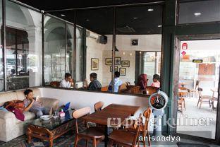 Foto 8 - Interior di Identic Coffee oleh Anisa Adya