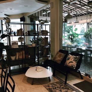 Foto 7 - Interior di Sang Cafe oleh Vanessa