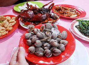 7 Tempat Makan Seafood Murah di Jakarta yang Aman di Kantong