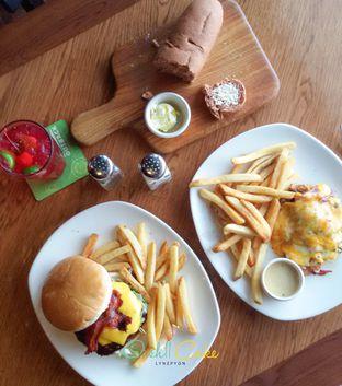 Foto 5 - Makanan di Outback Steakhouse oleh Bernadette Hiline