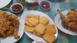 Foto 3 - Makanan di Ayam Goreng Suharti oleh Review Dika & Opik (@go2dika)