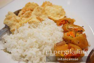 Foto 3 - Makanan di Henis oleh bataLKurus