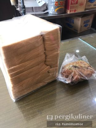 Foto review Toko Roti Tegal oleh Ria Tumimomor IG: @riamrt 2