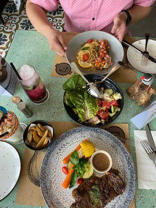 Foto review Cutt & Grill oleh Yohanacandra (@kulinerkapandiet) 3