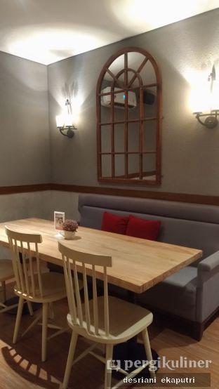 Foto 6 - Interior di Tavor Cafe oleh Desriani Ekaputri (@rian_ry)
