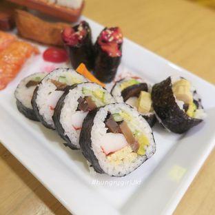 Foto review Umamya Sushi oleh Astrid Wangarry 9