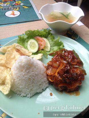 Foto 2 - Makanan(buntut goreng) di Colibri Cafe & Bakery oleh a bogus foodie