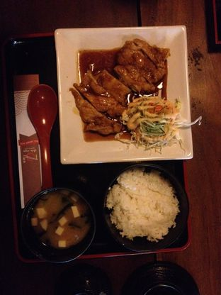 Foto review Shin Men Japanese Resto oleh Meilisa  1