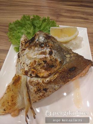 Foto 1 - Makanan(Salmon Head) di Sushi Mentai oleh Inge Inge