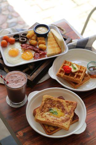 Foto 6 - Makanan di LOVEster Shack oleh Boomakan