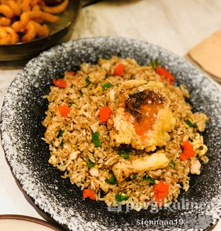 Foto 2 - Makanan(soft shell crab fried rice) di Devon Cafe oleh Sienna Paramitha