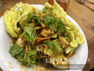 Foto 5 - Makanan di Kafe Betawi oleh bataLKurus
