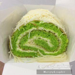 Foto 1 - Makanan di Vava Cake by Titi Kamal oleh Hungry Couplee