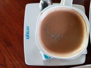 Foto 1 - Makanan di Excelso oleh Amrinayu