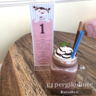 Foto 5 - Makanan(Frappe chocolate Mint) di Giggle Box oleh Darsehsri Handayani