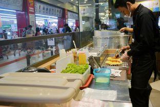 Foto 2 - Interior di Liang Sandwich Bar oleh IG: biteorbye (Nisa & Nadya)