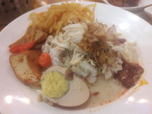 Foto review Mlinjo Cafe & Resto oleh Michael Wenadi  8