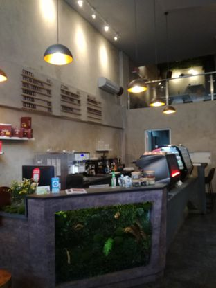 Foto 10 - Interior di Awesome Coffee oleh Lili Alexandra