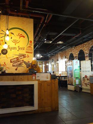 Foto 1 - Interior di Ayam Jerit oleh Mouthgasm.jkt