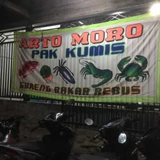 Foto 4 - Eksterior di Seafood Artomoro Pak Kumis oleh Nisanis