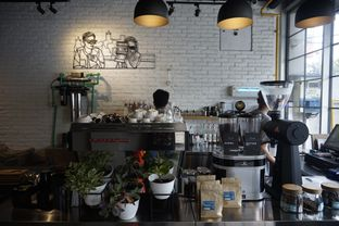 Foto 24 - Interior di Chief Coffee oleh yudistira ishak abrar