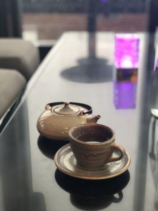 Foto 5 - Makanan(Geisha Blossom Tea) di Henshin - Hotel The Westin Jakarta oleh feedthecat