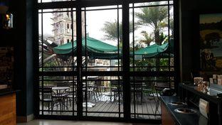 Foto 4 - Interior di Starbucks Coffee oleh Windy  Anastasia