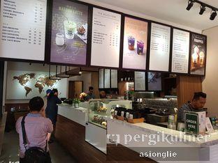 Foto 7 - Interior di Macroni Tei Coffee oleh Asiong Lie @makanajadah