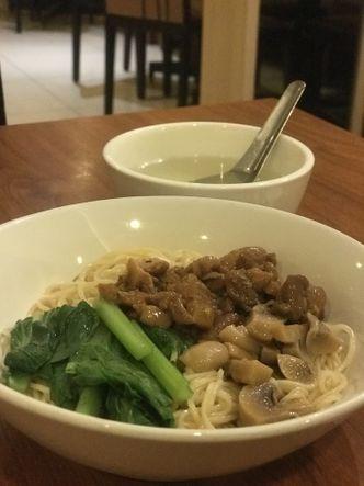 Foto Makanan di Bakmi Toko Tiga