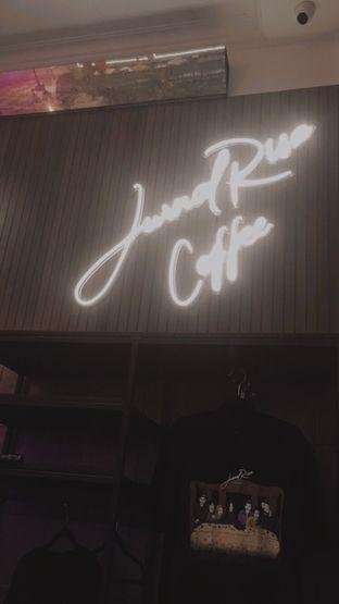 Foto 2 - Interior di JurnalRisa Coffee oleh Silvia Dwiyanti