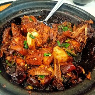 Foto 1 - Makanan(Legend Bakut Teh Dry) di Legend Kitchen oleh duocicip