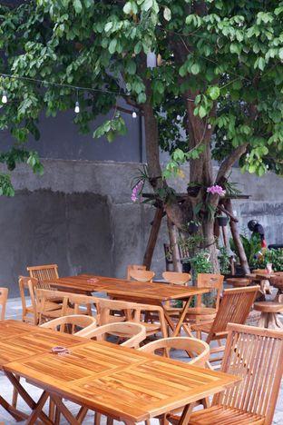 Foto 6 - Eksterior di Louis Coffee oleh yudistira ishak abrar