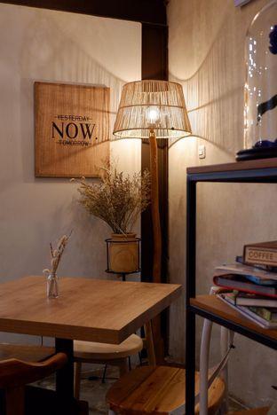 Foto 4 - Interior di Kona Koffie & Eatery oleh yudistira ishak abrar