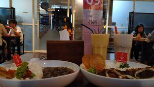 Foto 2 - Makanan di De Mandailing Cafe N Eatery oleh Tia Oktavia