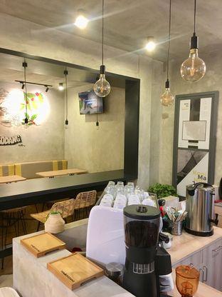 Foto 4 - Interior di Tanagodang Coffee oleh Prido ZH