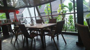 Foto review Palm Cafe and Terrace - Aryaduta Lippo Village Hotel oleh Review Dika & Opik (@go2dika) 4