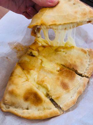 Foto 7 - Makanan di Panties Pizza oleh bataLKurus