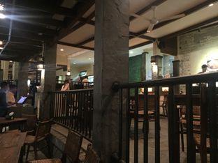 Foto 2 - Interior di Grand Garden Cafe & Resto oleh Femmy Fahriani