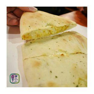 Foto review Master Cheese Pizza oleh Darvin Pratama 2