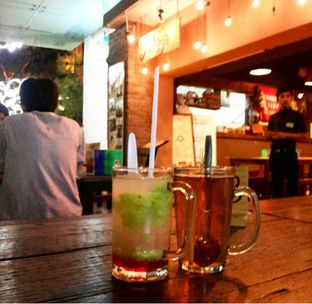 Foto 1 - Makanan(Teh Serai + Es Tape) di Warung Talaga oleh Rury Rahayu Dee