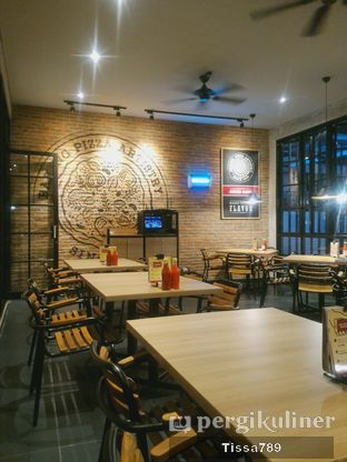 Foto 5 - Interior di Pizza Hut oleh Tissa Kemala