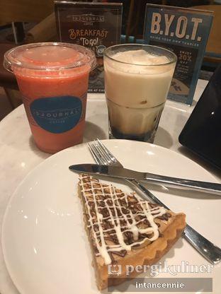 Foto 8 - Makanan di Djournal Coffee oleh bataLKurus