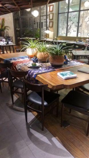 Foto 5 - Interior di Waha Kitchen - Kosenda Hotel oleh Renodaneswara @caesarinodswr