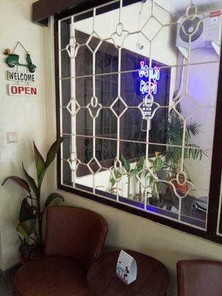 Foto 9 - Interior di Janji Kopi oleh duocicip