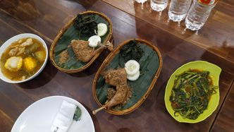 Foto Makanan di Lombok Idjo