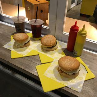 Foto review Hits Burger oleh Della Ayu 2