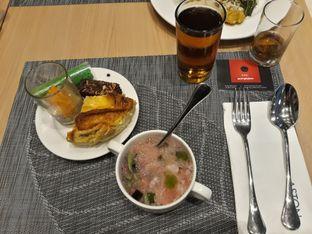 Foto review Asoka Rooftop Restaurant - Aston Kartika Grogol Hotel & Conference Center oleh Dani Allamsyah 2