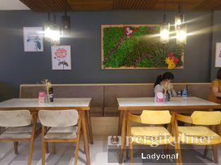 Foto 7 - Interior di Brouwen Coffee & Kitchen oleh Ladyonaf @placetogoandeat