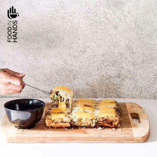 Foto 3 - Makanan di Martabak Mertua oleh Foodinhands Community IG  : @foodinhands