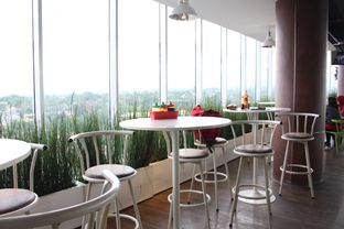 Foto review Ayam Penyet Surabaya & Mie Jogja Pak Karso oleh Christine Lie #FoodCraverID 1